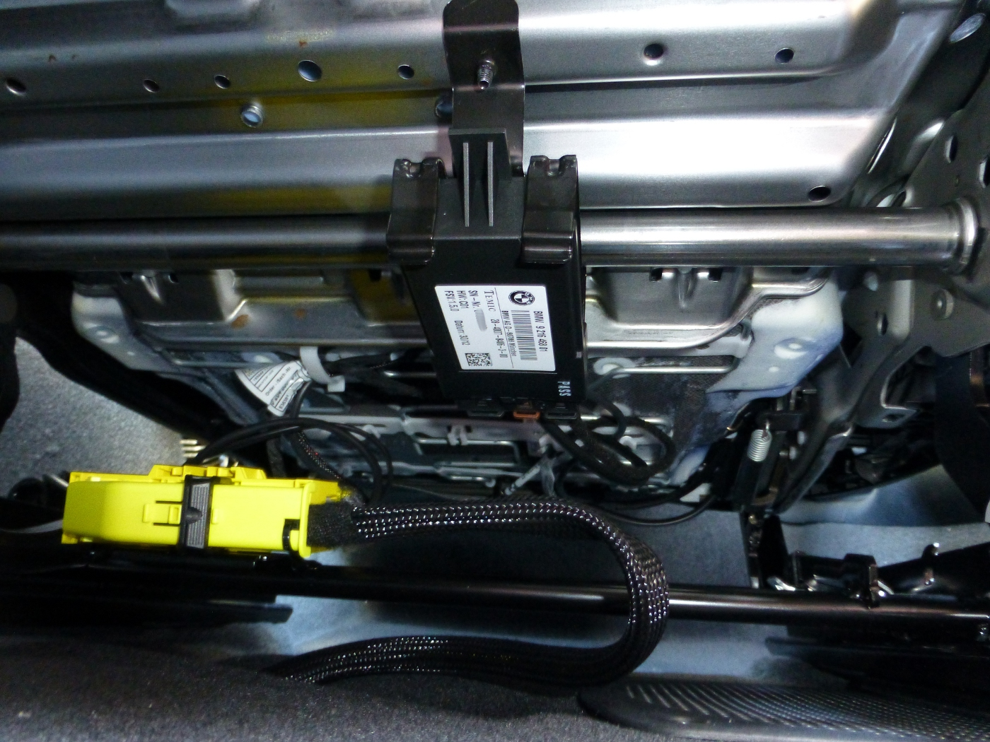 Acura Cl Wiring Diagram Fuse Block besides C Fa additionally Diagram also D Engine Shuts Off While Driving Picture also D Big Problem Srs Light Seatbelt Light Wiring Side Airbags. on honda civic srs wiring diagram