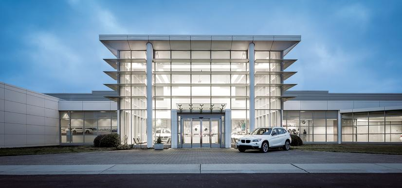 Name:  20_Years_of_BMW_Performance_Center_Driver_Training_and_Experiences_Spartanburg_SC_(2)__mid.jpg Views: 1939 Size:  44.8 KB