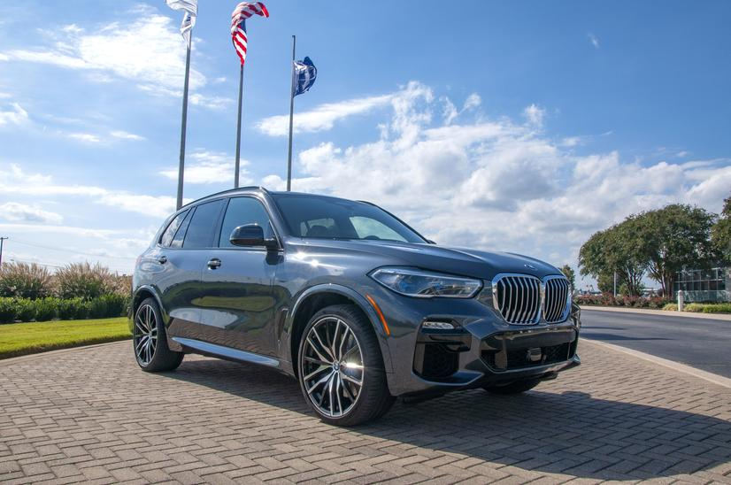 Name:  20_Years_of_BMW_Performance_Center_Driver_Training_and_Experiences_Spartanburg_SC_(3)__mid.jpg Views: 2815 Size:  71.7 KB