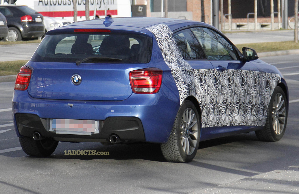 Name:  2 BMW 135i g.jpg Views: 45053 Size:  285.3 KB