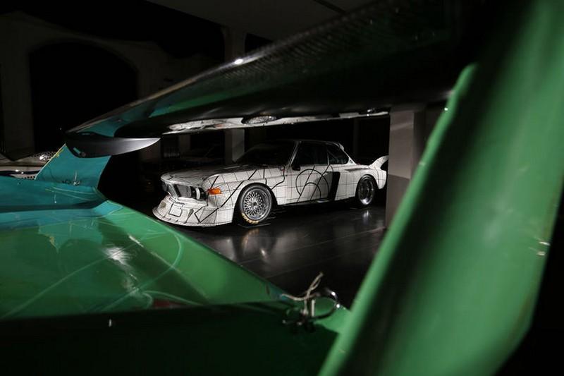 Name:  BMW-Art-Cars-Kunst-Impression-fotoshowBig-e4e3d052-994090.jpg Views: 3170 Size:  58.4 KB