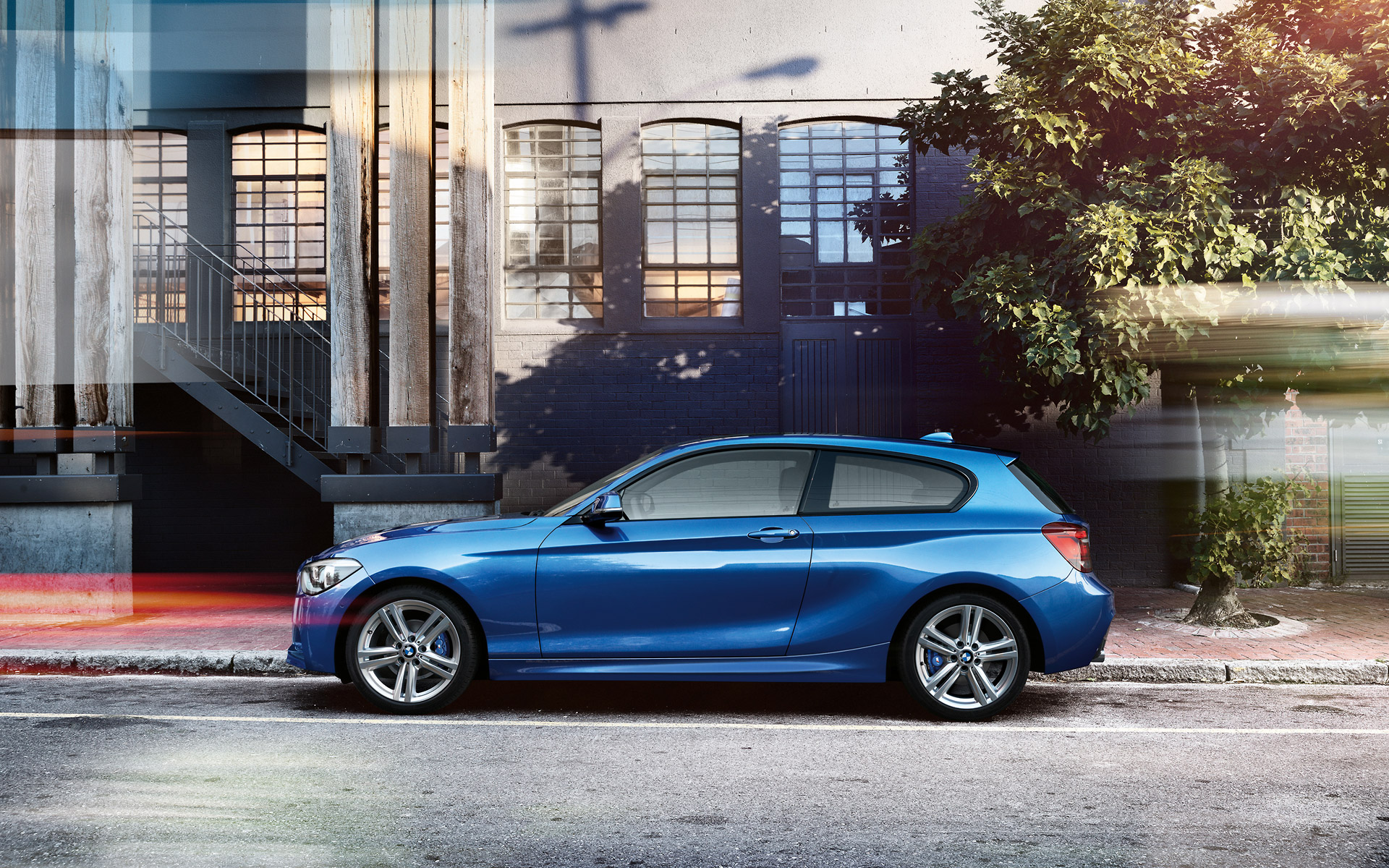 Bmw 1 series 3 door and m135i f21 official wallpapers for 135i 3 door